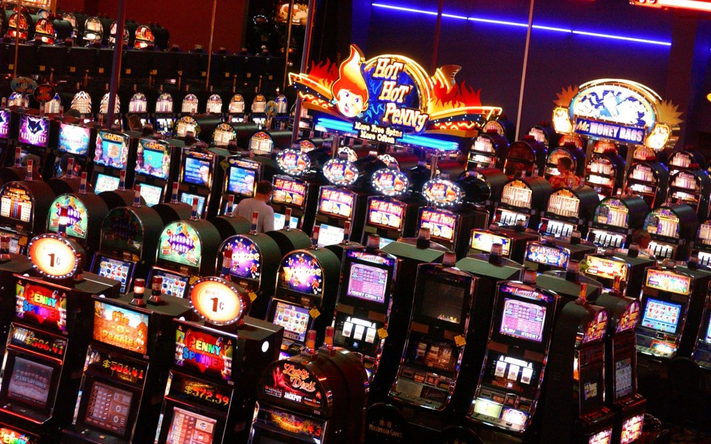 Room_full_of_slot_machines